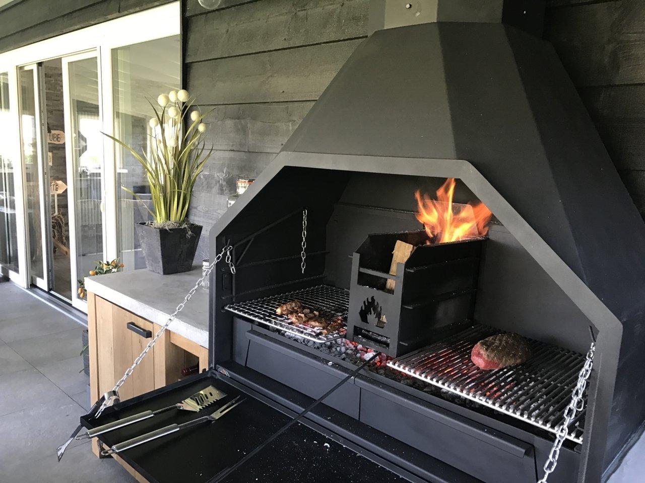 braai barbecue bois sud africain fs1200 pr t poser. Black Bedroom Furniture Sets. Home Design Ideas