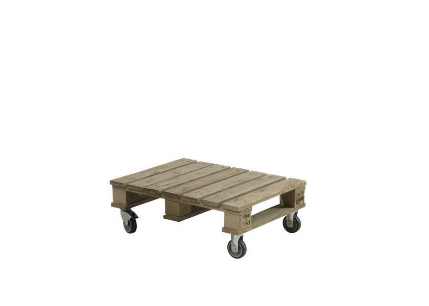 Table basse palette sur roulette - Palette en table basse ...