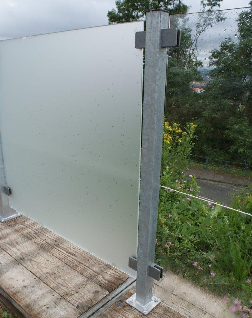 poteau 4 5x4 5x132cm avec platine en acier galvanis e pour brise vue. Black Bedroom Furniture Sets. Home Design Ideas
