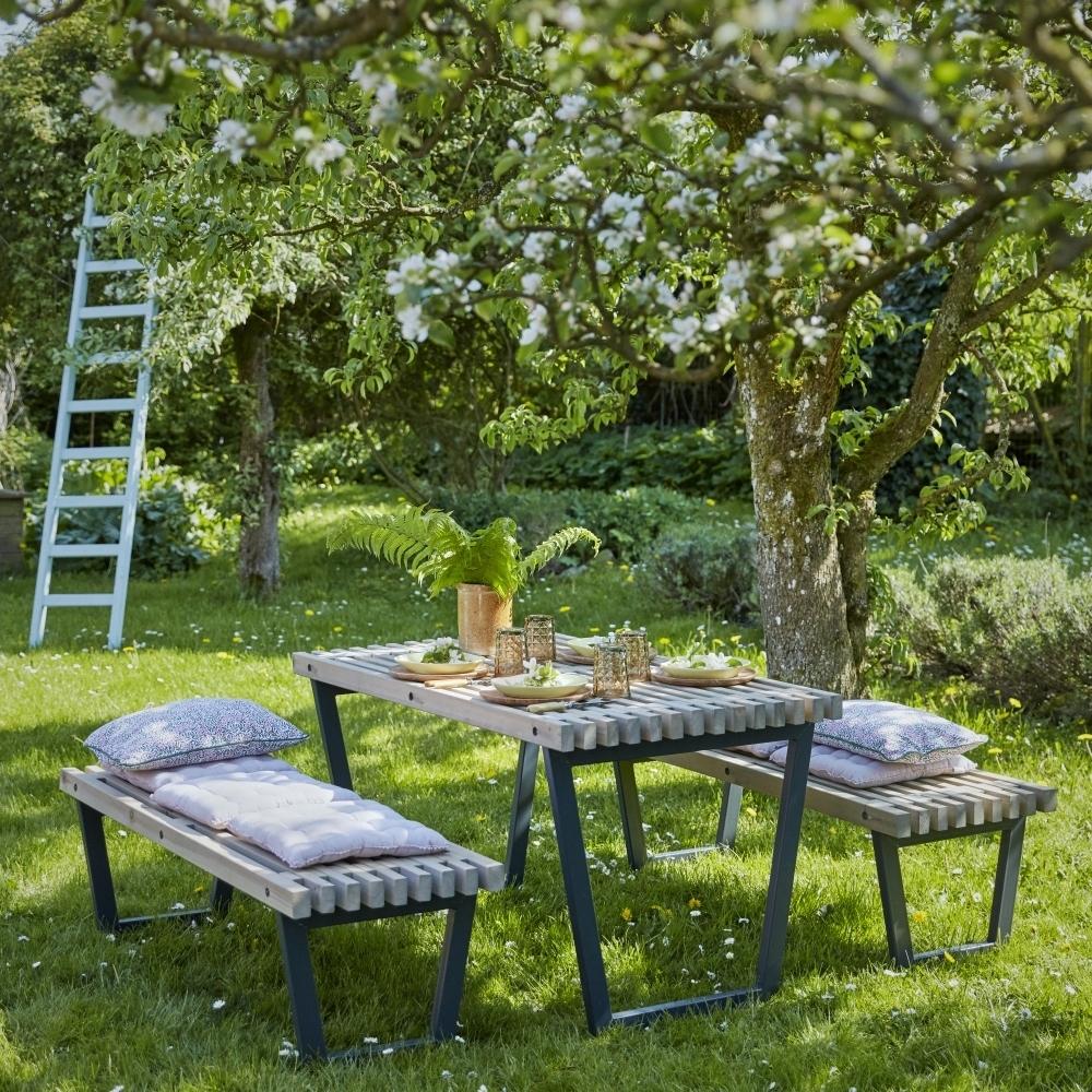 Siesta table de jardin lattes bois pin du nord 138x74 for Bois flotte suisse
