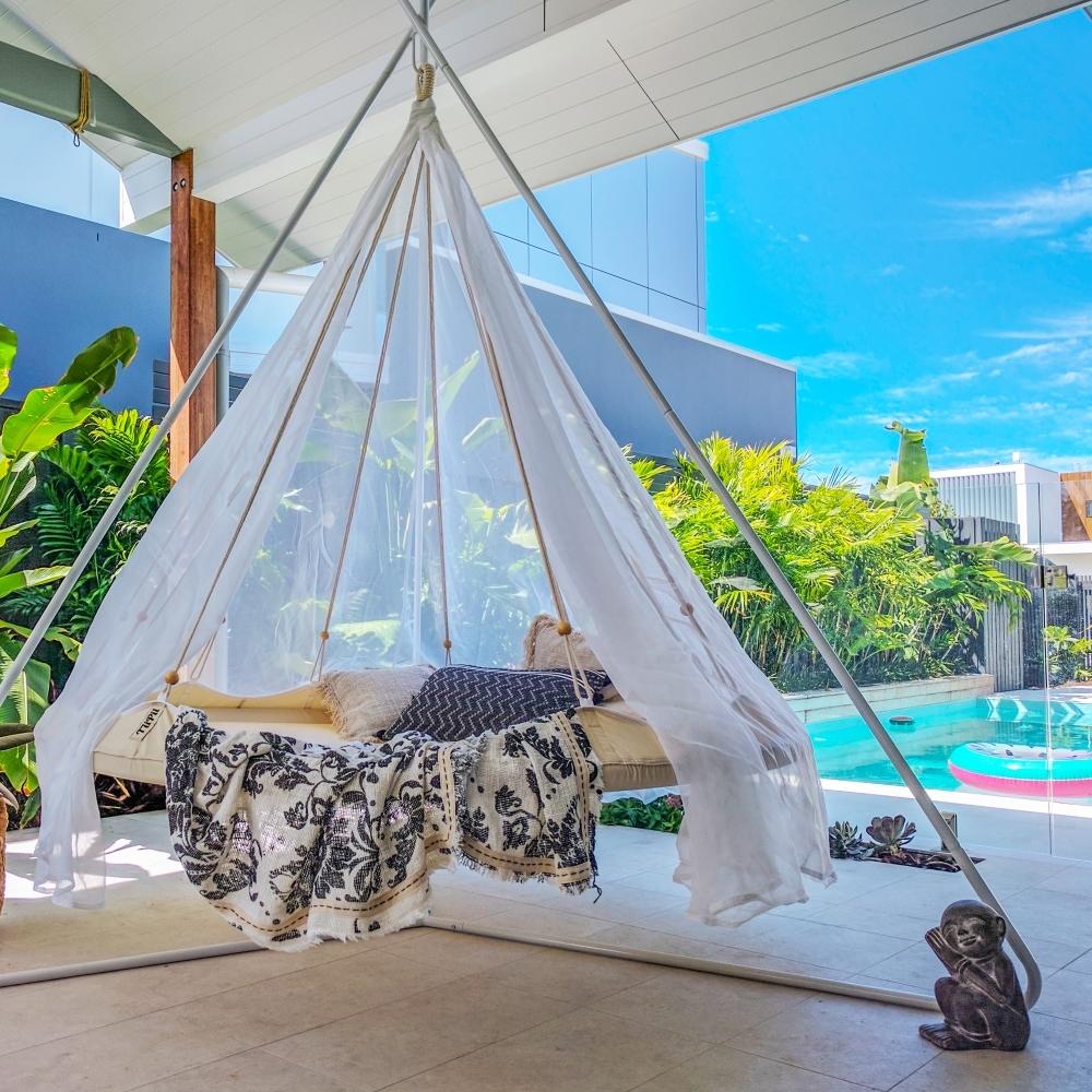 transats bains du soleil chaises longue jardin terrasse piscine. Black Bedroom Furniture Sets. Home Design Ideas