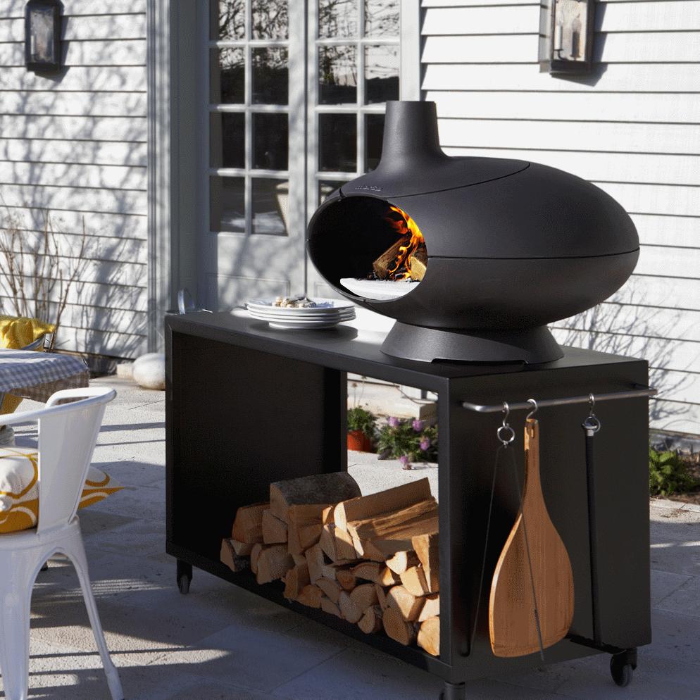 morso forno four pizza au bois avec grande table sur roulettes. Black Bedroom Furniture Sets. Home Design Ideas