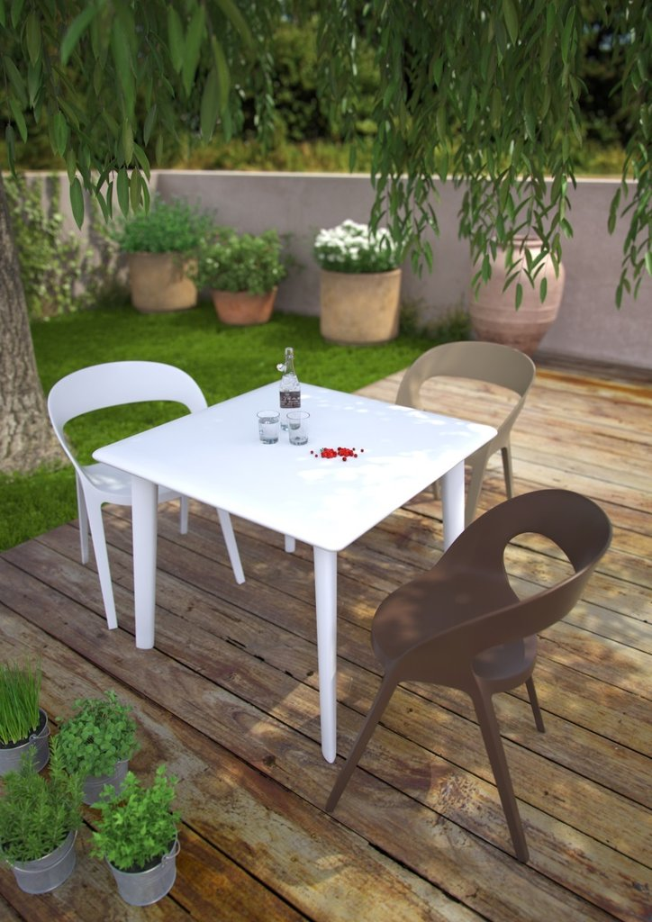 carla chaise de jardin empilable lm30 lifestyle. Black Bedroom Furniture Sets. Home Design Ideas