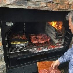 barbecues four et plancha design au bois ou au charbon. Black Bedroom Furniture Sets. Home Design Ideas